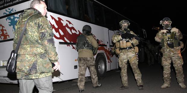 Ukraine: un obus tombe sur un bus, dix civils tués - La DH