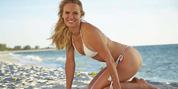 Caroline Wozniacki sexy en bikini pour Sport Illustrated - La DH