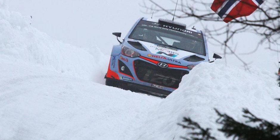 Rallye de Suède: Neuville en tête à trois spéciales de la fin!