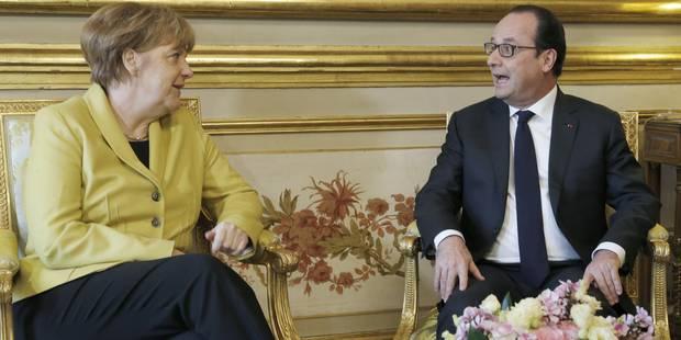 """Hollande: """"La Gr�ce est dans la zone euro, la Gr�ce doit rester dans la zone euro"""""""