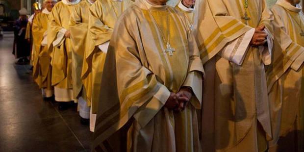 """""""Un cours de religion ou de morale fait partie fondamentalement de la culture"""", estiment les évêques - La DH"""
