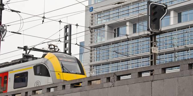 Un individu sur les voies entre Bruxelles Nord et la gare de Schaerbeek: trafic perturbé - La DH
