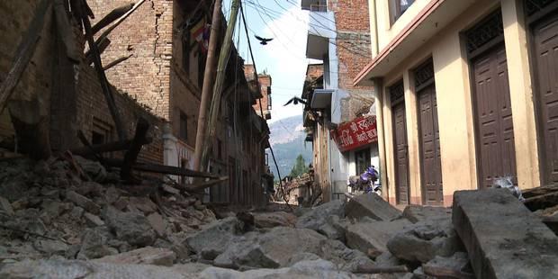 Népal: le bilan dépasse les 4.300 morts - La DH
