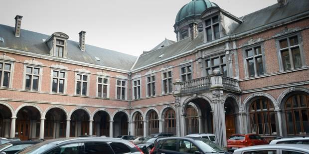 Un homme placé sous mandat d'arrêt s'enfuit du palais de justice de Namur - La DH