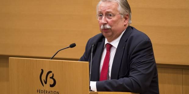 André Flahaut appelle le gouvernement à envisager un cours de deux heures de citoyenneté - La DH