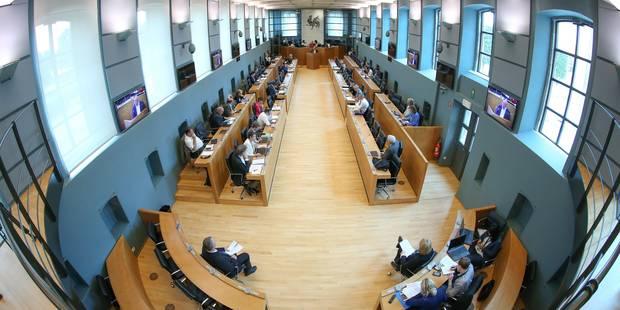 Les séances du Parlement wallon débarquent... à la TV - La DH