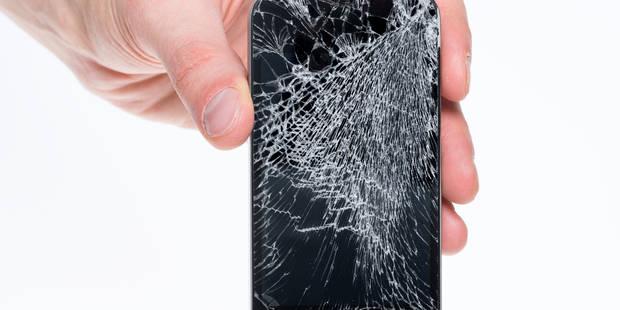 Un iPhone se répare en 20 minutes - La DH