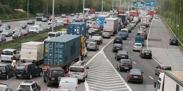 Un accident à Jette provoque de longues files sur le Ring de Bruxelles - La DH