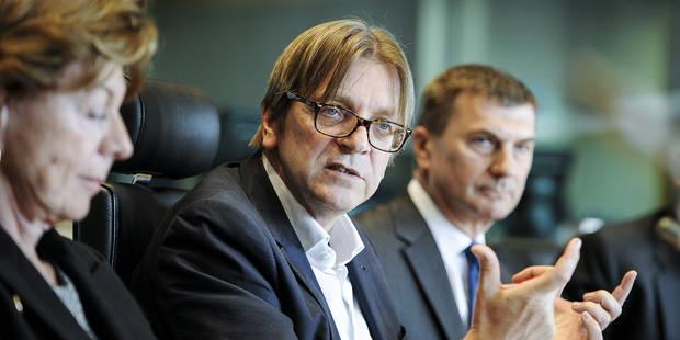 """Verhofstadt: """"On va voir si Tsipras offre des solutions ou est un faux proph�te"""""""