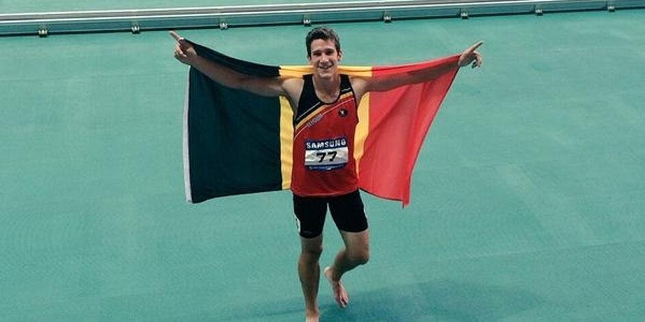Neuf mois après la découverte de son cancer, Van der Plaetsen en or aux Universiades!