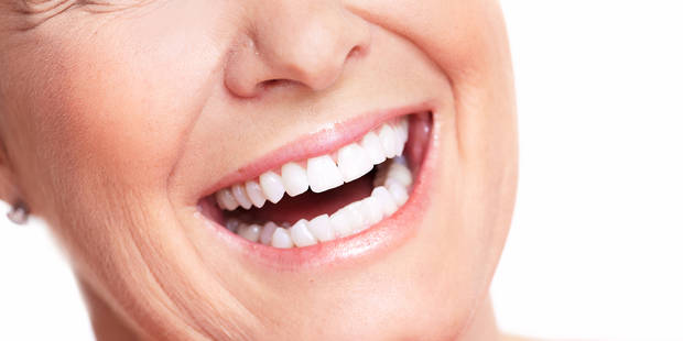 Blanchiment des dents : le point sur 5 idées reçues - La DH