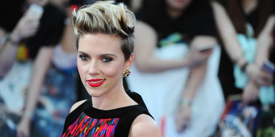 Scarlett Johansson, 30 ans, sexy en diable... ose tout!