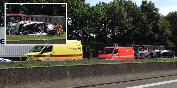 Grave accident sur l'E19 à hauteur d'Obourg: l'autoroute est bouchée (PHOTOS) - La DH