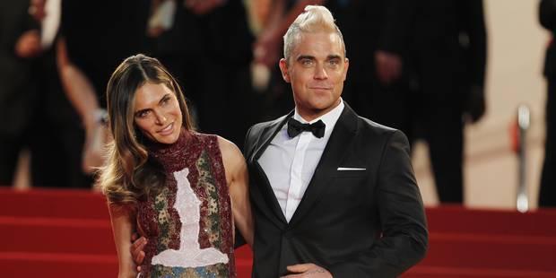 Accusés de harcèlement sexuel, Robbie Williams et sa femme ripostent - La DH