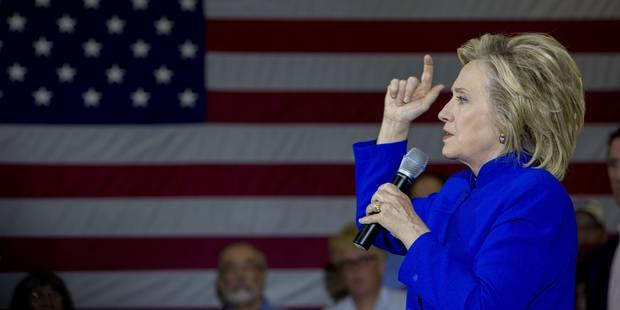 Hillary Clinton ouvre ses serveurs au FBI et remet une copie de ses emails - La DH