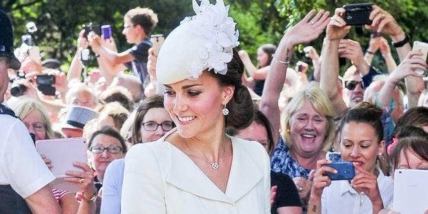 Kate Middleton n'est plus la plus stylée et abandonne William à un mariage - La DH