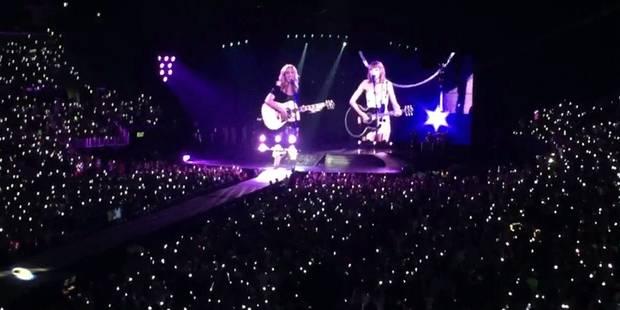 """Taylor Swift et Phoebe reprennent """"Tu pues le chat"""" - La DH"""