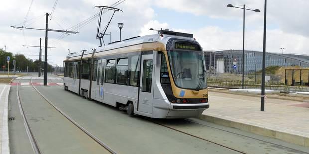 Tram évacué à Laeken: fausse alerte - La DH