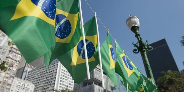 Brésil: au moins quinze morts et 50 blessés dans un accident d'autocar - La DH