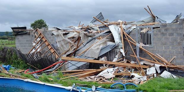 Melreux: Des ballots de 350 kg emport�s par-dessus les toits