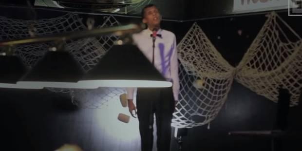 """Quand Stromae chante """"Formidable"""" dans un petit bar aux USA (VIDEO) - La DH"""