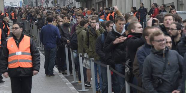 La folie Apple s'empare de Bruxelles (PHOTOS)