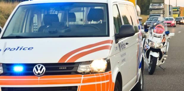 Sous licence, Soufiane fonce sur deux policiers - La DH