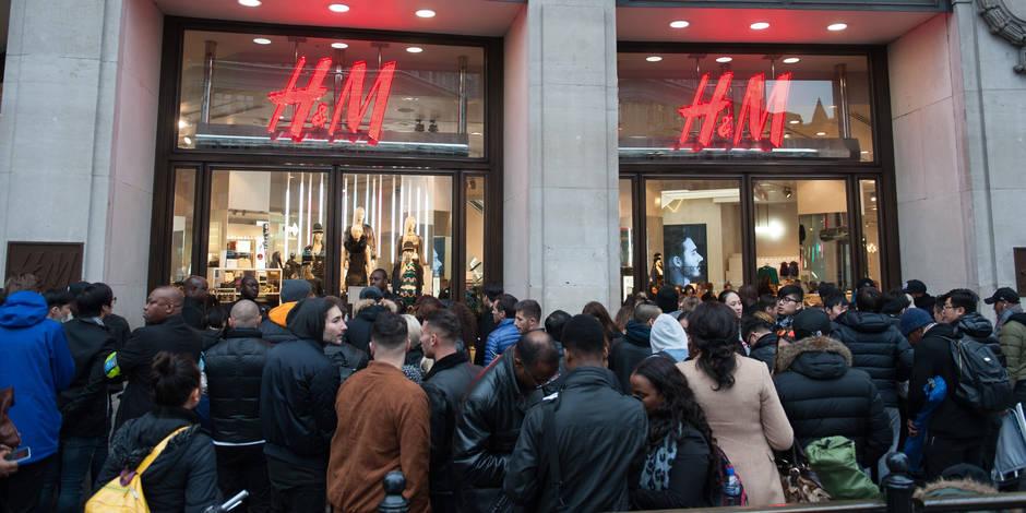 H&M collection Balmain: la folie... Elles ont campé depuis la veille!