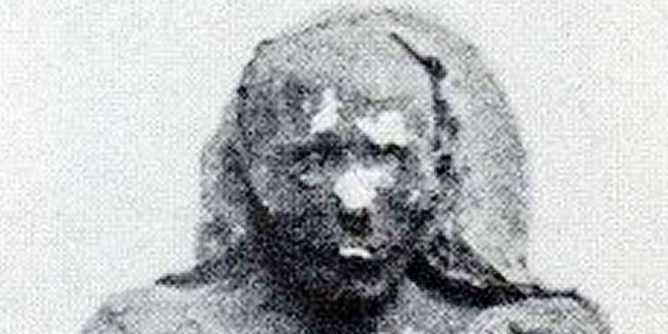 Des policiers bruxellois mettent la main sur une… momie