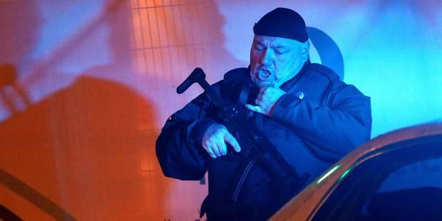 Attentats de Paris: 5 personnes arrêtées à Molenbeek, 103 corps identifiés - La DH