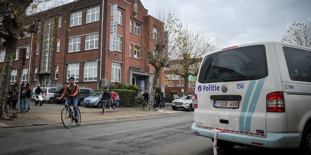 Anvers: un élève interpellé à la suite de la fausse alerte à la bombe dans une école - La DH