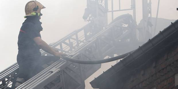 Frameries: Un incendie criminel détruit une librairie - La DH