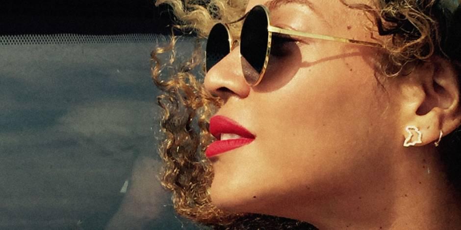 Quel est donc le secret de Beyoncé pour des selfies impeccables ?