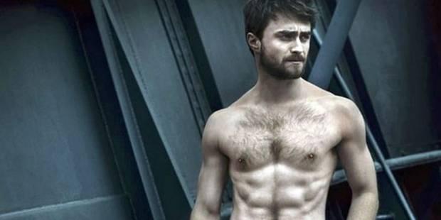Daniel Radcliffe se met à nu pour la cover de Vanity Fair - La DH
