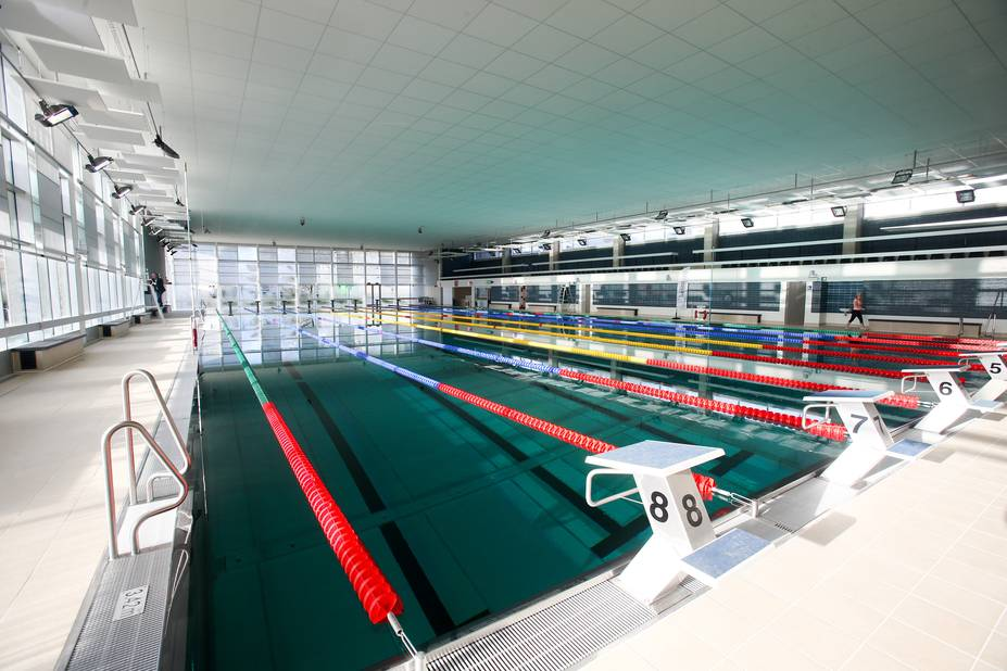 Molenbeek la piscine olympique rouvre samedi photos for O piscines de martin saintes