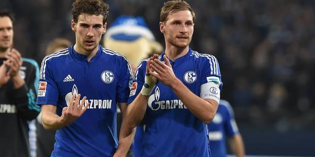 Le capitaine de Schalke 04 Benedikt Höwedes signe pour trois saisons supplémentaires - La DH