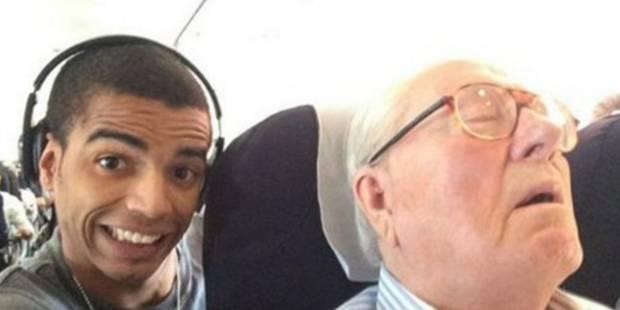 Condamné à payer un euro symbolique pour ce selfie avec Jean-Marie Le Pen - La DH