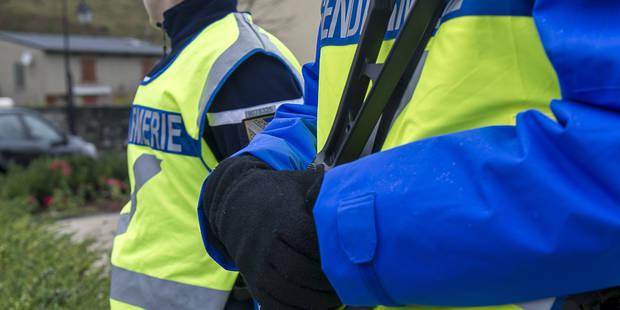 France: il tue sa femme et ses deux enfants puis se tranche la gorge à la scie circulaire - La DH