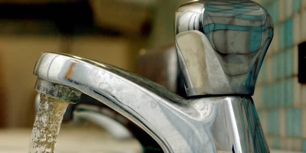 """Test-Achats: """"L'eau du robinet est bonne à boire et parfois même plus saine que l'eau en bouteille"""" - La DH"""
