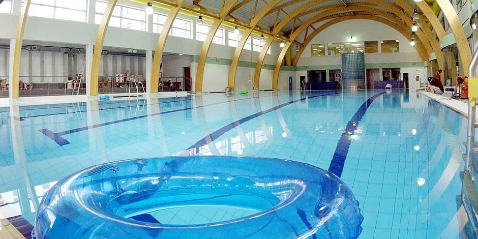 Les piscines bruxelloises sont de plus en plus propres for Piscine universitaire