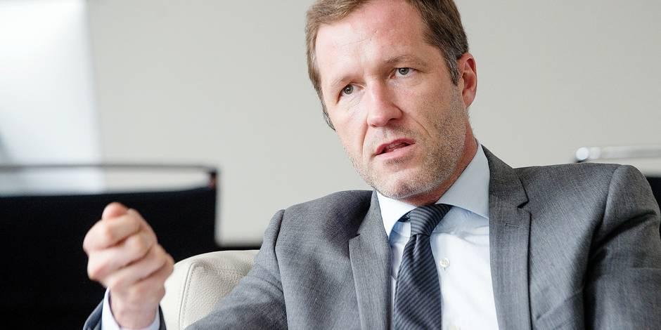 Namur - Elysette: Paul Magnette (PS) - Ministre-Président de la Wallonie, fait sa rentrée politique 2015
