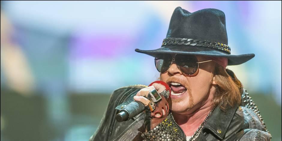 Axl Rose pour remplacer le chanteur de AC/DC ?