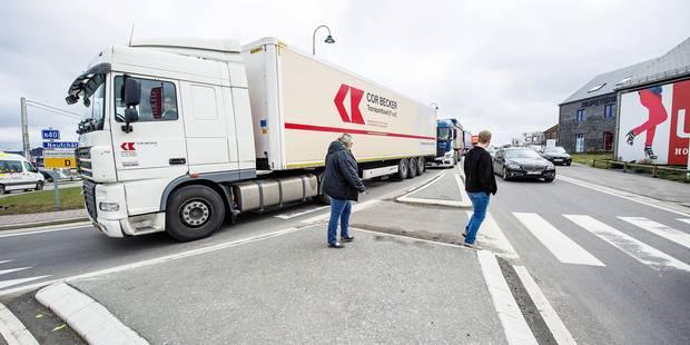Les transporteurs prévoient d'autres barrages (L'INFO TRAFIC EN DIRECT) - La DH