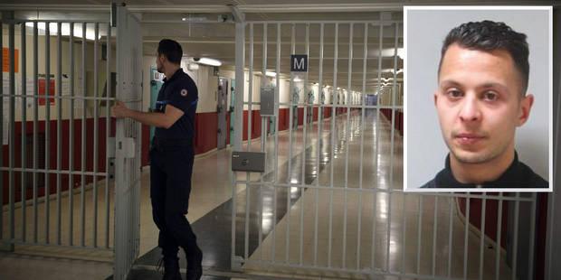 Salah Abdeslam a passé sa première nuit dans la plus grande prison d'Europe (PHOTOS) - La DH