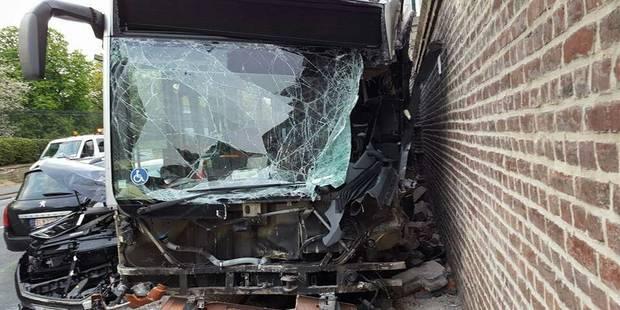 Collision à Laeken: onze blessés, dont deux grièvement (PHOTOS) - La DH