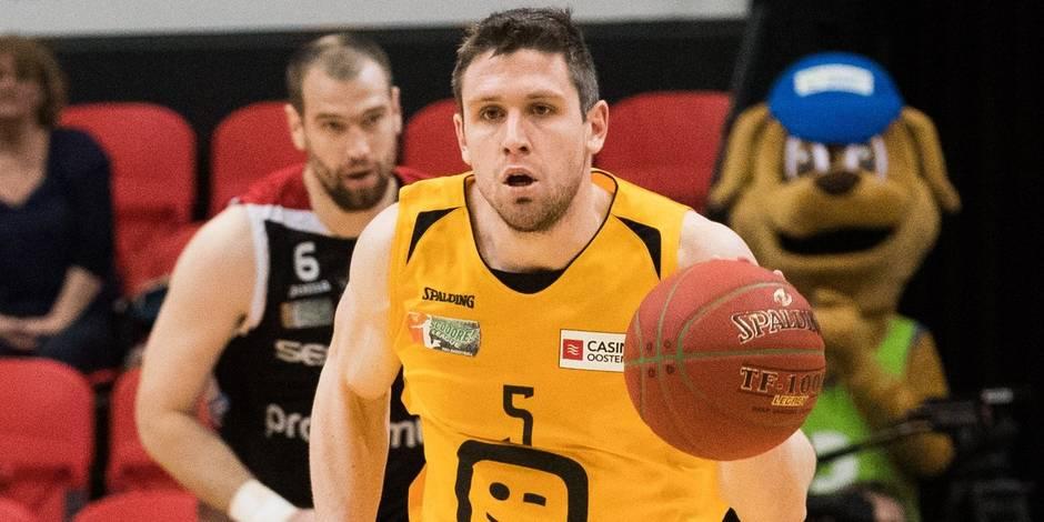 Quentin Serron et Julie Allemand, joueur et joueuse de l'année en basket
