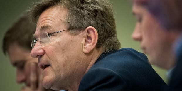 """Johan Van Overtveldt: """"On pourrait penser à un tax shift sur les voitures de société"""" - La DH"""