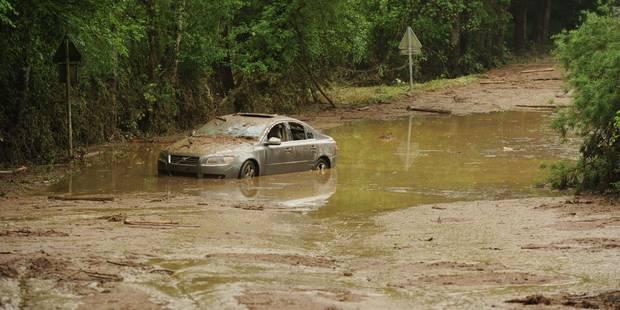 Les inondations en Province du Luxembourg ont fait un mort, les photos de la crue violente ! - La DH