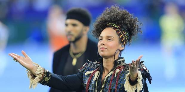 Alicia Keys boycotte le maquillage - La DH