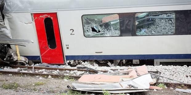 Accident de train: le conducteur du premier train aurait aperçu le signal - La DH